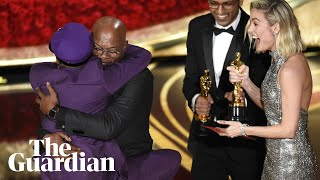 Download Spike Lee jumps into Samuel L Jackson's arms as he wins Oscar Video