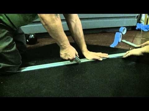 How to Cut Rubber Flooring
