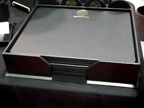 Dacasso High-end leather desk items