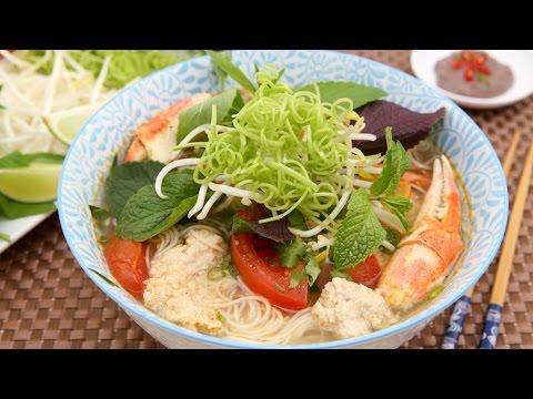 Crab Noodle Soup (Bun Rieu)