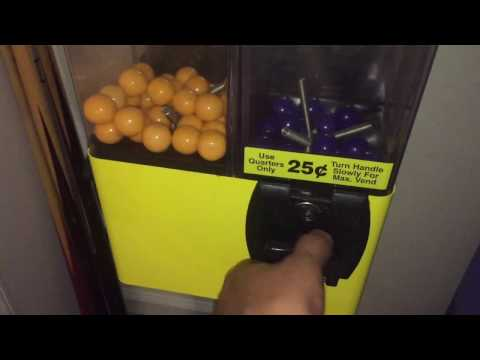 How To Hack A Vending Machine For FREE Gum & Candy With A Quarter