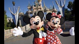 Walking in Disneyland California 4K