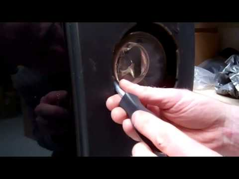 How to change Fog Light / Bulb on Land Rover Discovery 3/LR3