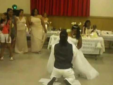 THE GARTER BELT @ THE WEDDING