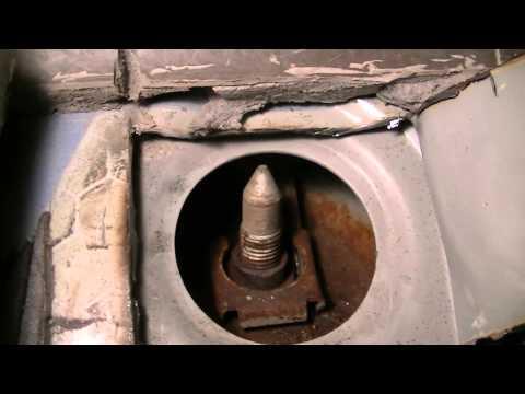 PT Cruiser Spinning Control Arm Bolt Repair