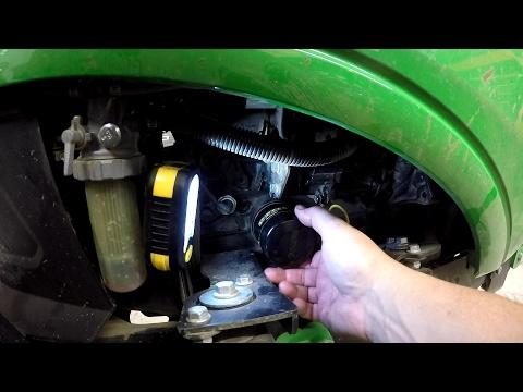 Deere 1025R 50hr/200hr Engine Oil / Filter Change