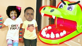 CROCODILE DENTIST vs Shiloh and Shasha - Onyx Kids