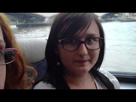 Ivana and Kasha on a Leeds Castle tour   Leeds Castle, Canterbury and Dover
