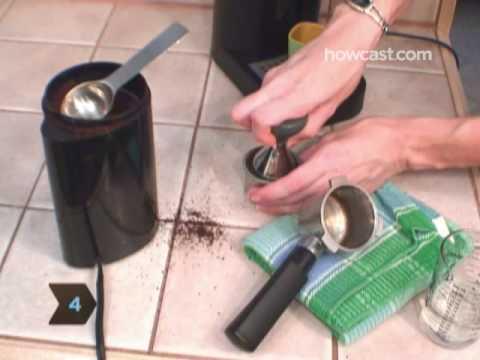 How to Make an Espresso with an Espresso Machine
