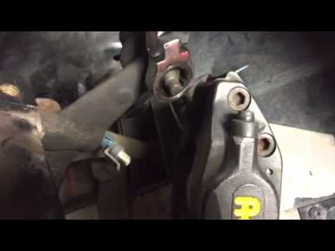 Lotus Exige ball joint nut spinning