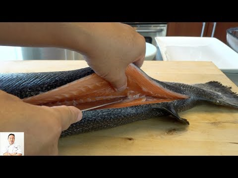 Japanese Technique On How To Fillet A Whole Salmon HD