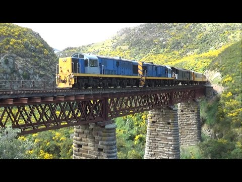 Trip of a Lifetime - Taieri Gorge Railway (HD)