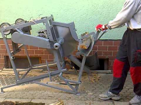 Cutting firewood with circular saw