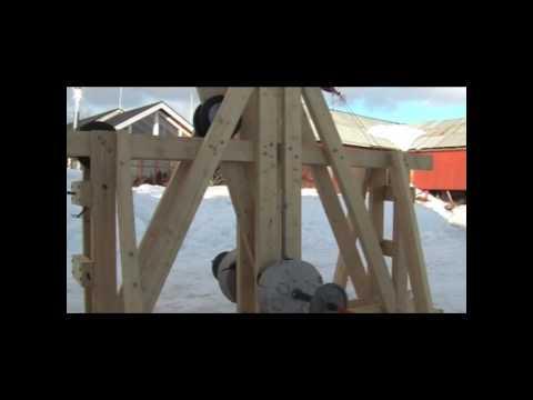 Floating Arm Trebuchet, the most effecient catapult!