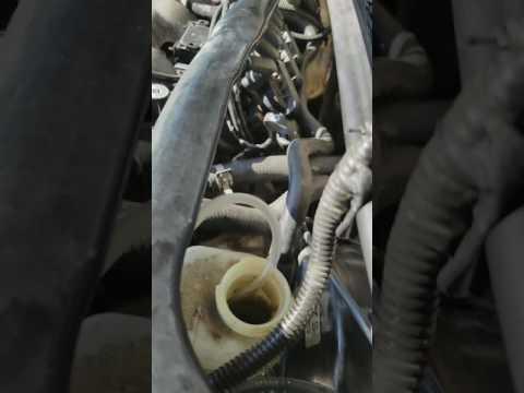 FIX Stuck Chevy Impala Brake Fluid Reservoir Float