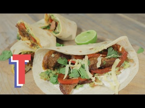 Mexican Beef Fajitas With Homemade Guacamole | Feed My Friends 3