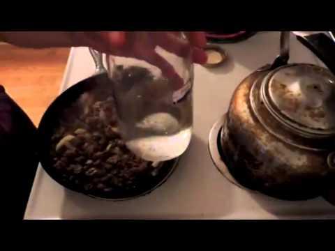 Hamburger Gravy Over Mashed Potatoes