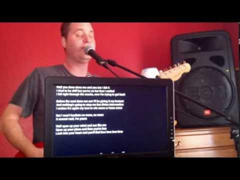 Lyrics Flipper+ in Action on an Android Tablet - A cross-platform solution to your band