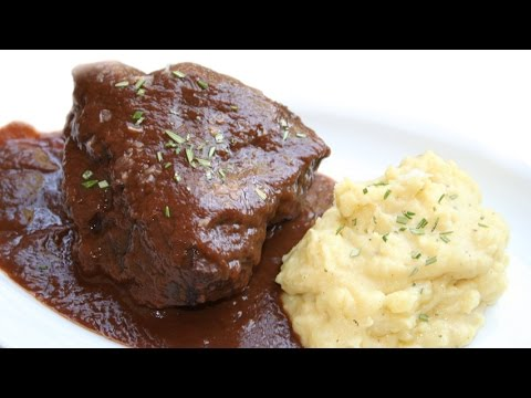 Veal cheeks in red wine