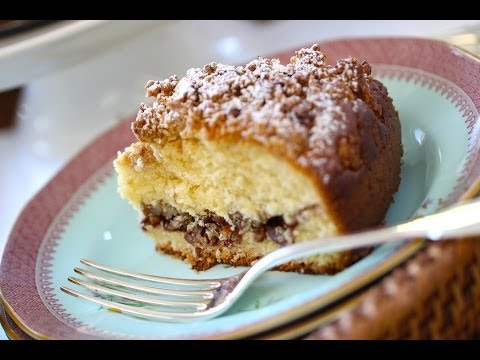 Beth's Homemade Coffee Cake Recipe | ENTERTAINING WITH BETH