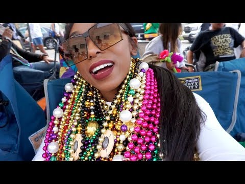 AsToldByAshley! ⇢ Mardi Gras in NOLA, Black Panther, Valentine's Day Concert