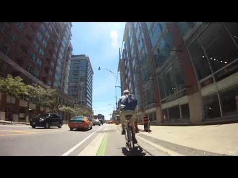 City Cycling - Toronto - Sherbourne St (Cycletrack)
