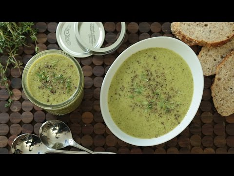 How to Make Creamy Broccoli Soup in Your Blender