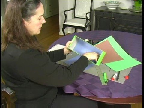 How to Make a Diorama : Using Construction Paper for Diorama Background
