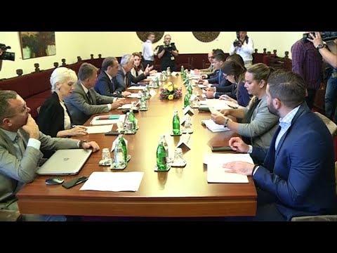 Косовската влада одлучува за царините кон македонското овошје и зеленчук