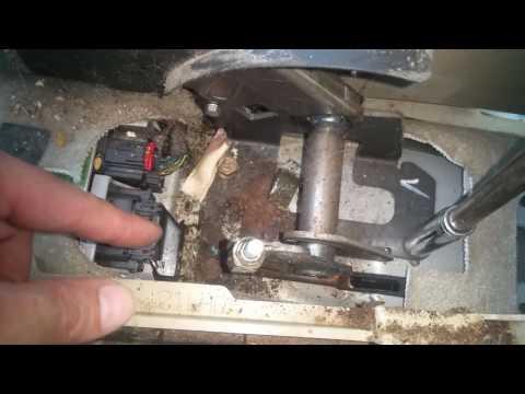 Replacing Emergency brake Mazda 3 2004-2009