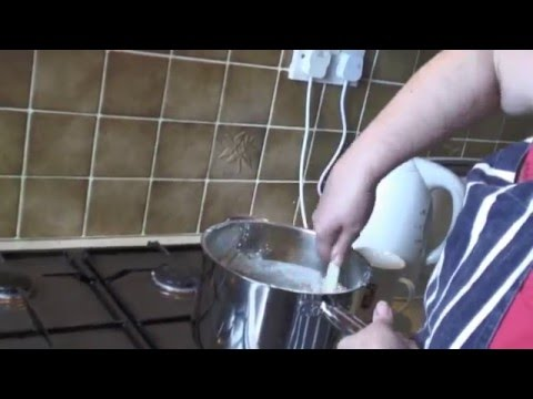How to make a boiled fruit cake, it's easy and really tastes good
