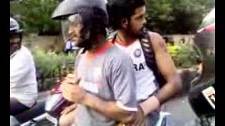 Dhoni on chennai roads