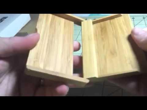 Rerii Bamboo Business Card Holder