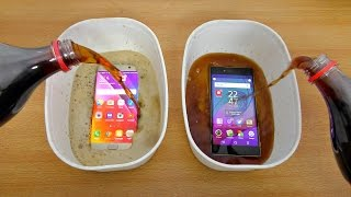 Samsung Galaxy S7 Edge vs Sony Xperia Z5 Premium Coca Cola Test! (4K)