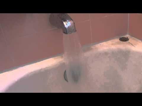 Bathtub water flow
