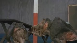Tremors 2: Aftershocks - All Shriekers scenes in CGI