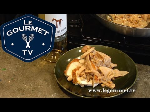 Pan Roasted Chicken Breast with Sautéed Apples & ... - LeGourmetTV