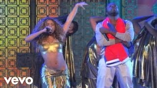 Download Shakira - Hips Don't Lie (Live at the GRAMMYs on CBS) ft. Wyclef Jean Video