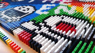 YOUTUBE ANIMATORS MADE FROM 45,000 DOMINOES