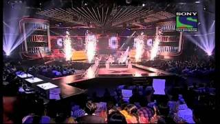 The Final 3 contestants perform for the last time- X Factor India - Episode 32 - 2nd Sep 2011