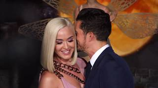 "Orlando Bloom kisses on Red Carpet Carnival  arrivals for ""CARNIVAL ROW"""