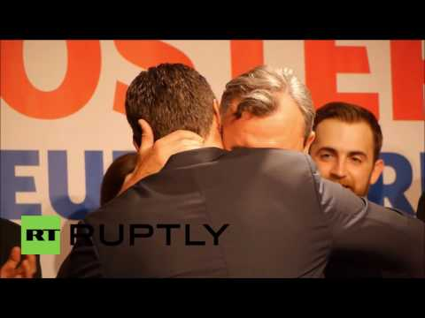 Austria: Hofer greeted by supporters after election results too close to call