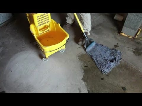 How to Maintain Stained Concrete Floors : Concrete Floors