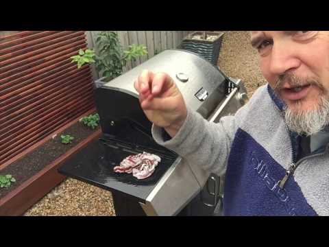 How to clean fat, burn marks & Grease off your BBQ. Spring cleaning the outside of a Barbecue