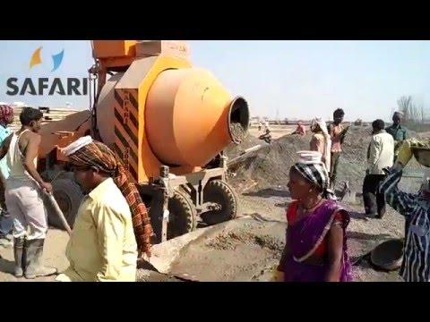 Reversible concrete mixer machine with diesel engine drive