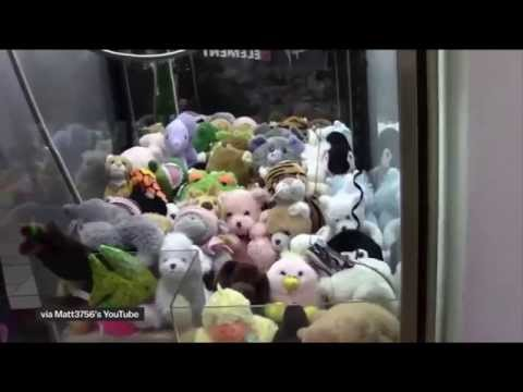 Claw Machines are rigged! Here's how