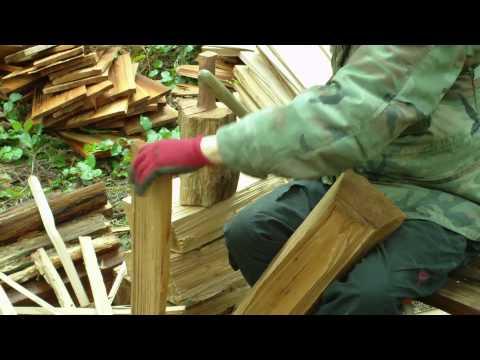 Hand Splitting Western Red Cedar Shakes