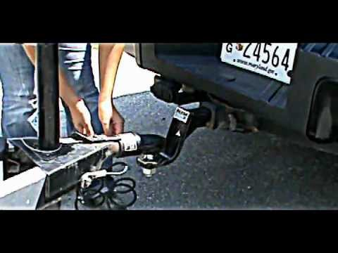 How to hook up a bumper pull horse trailer