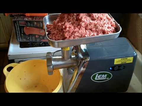 How to grind your own beef at home