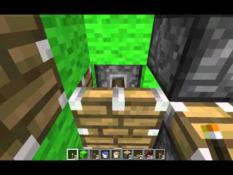 Minecraft: Best Piston Elevator That Goes Up AND DOWN!